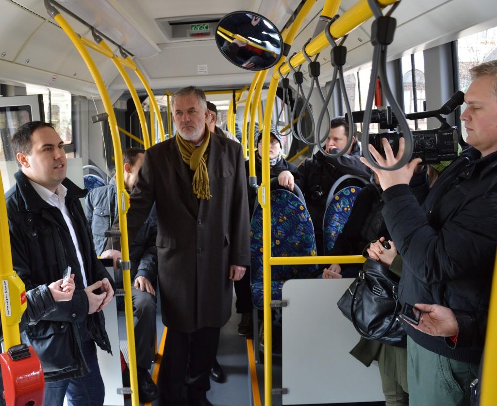 új-buszok-zöld1