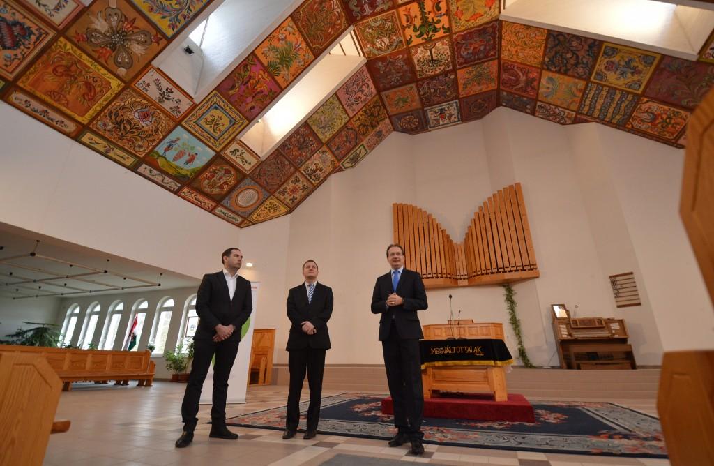 református templom festett kazetták2