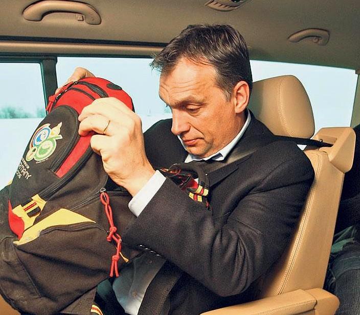 Orbán hátizsákja
