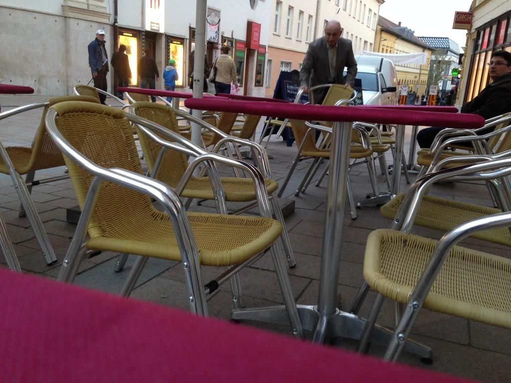asztallopas2