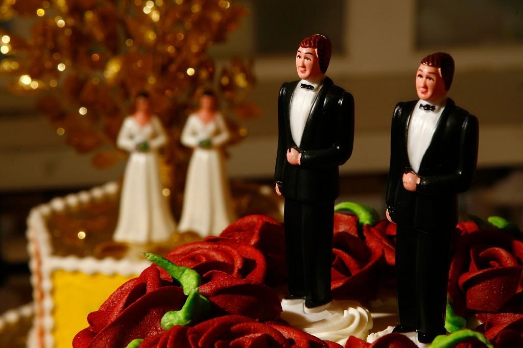 meleg esküvő