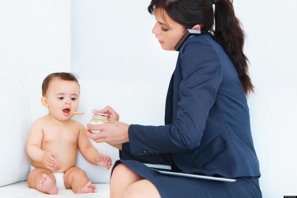 anya, dolgozó nő, munka, gyerek, baba