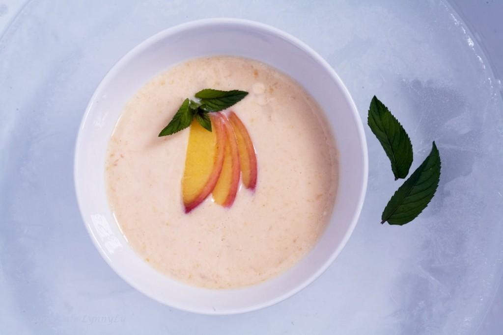 Őszibarack-leves