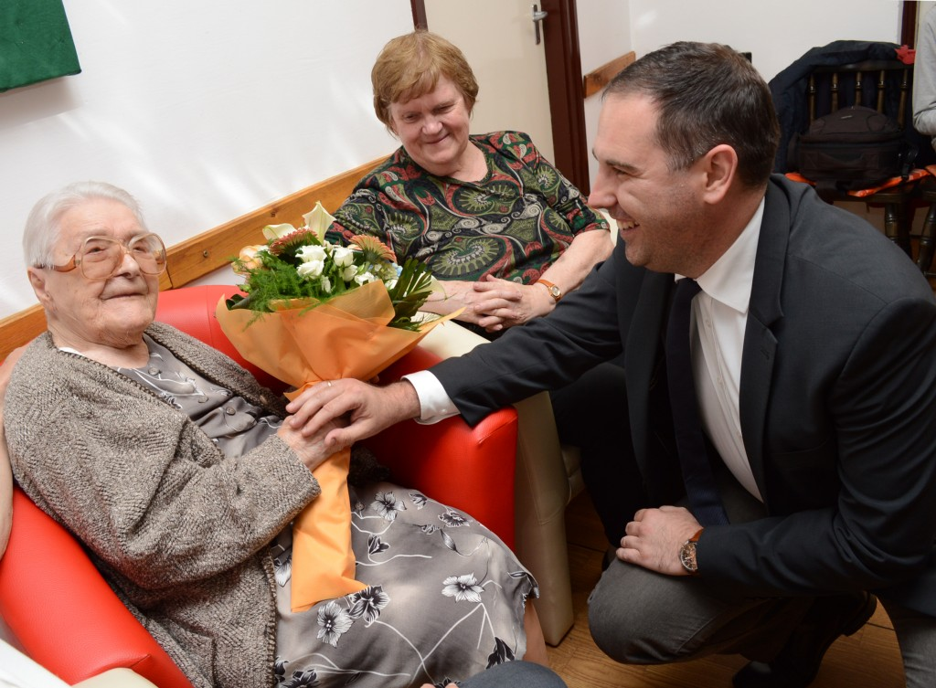 104 éves néni4