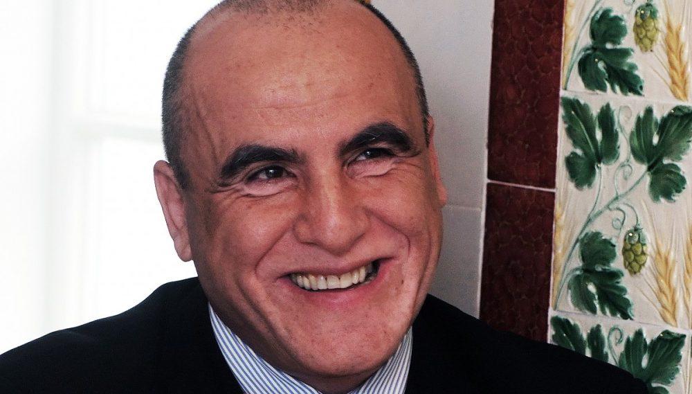 Bachar Najarinak nincs közel a Zsolnay családhoz