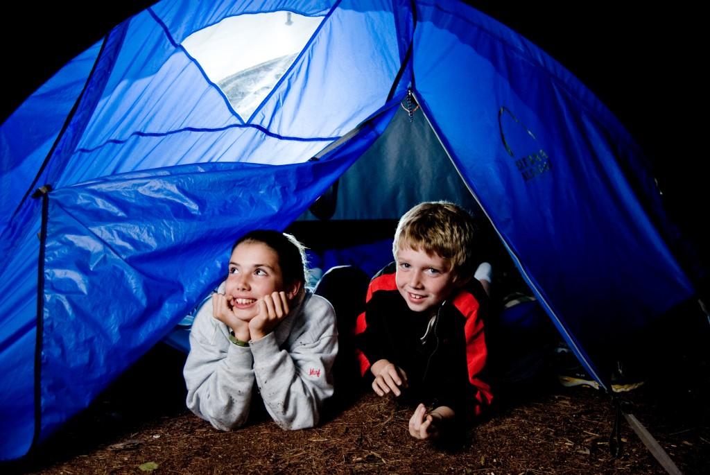 nyári tábor sátor