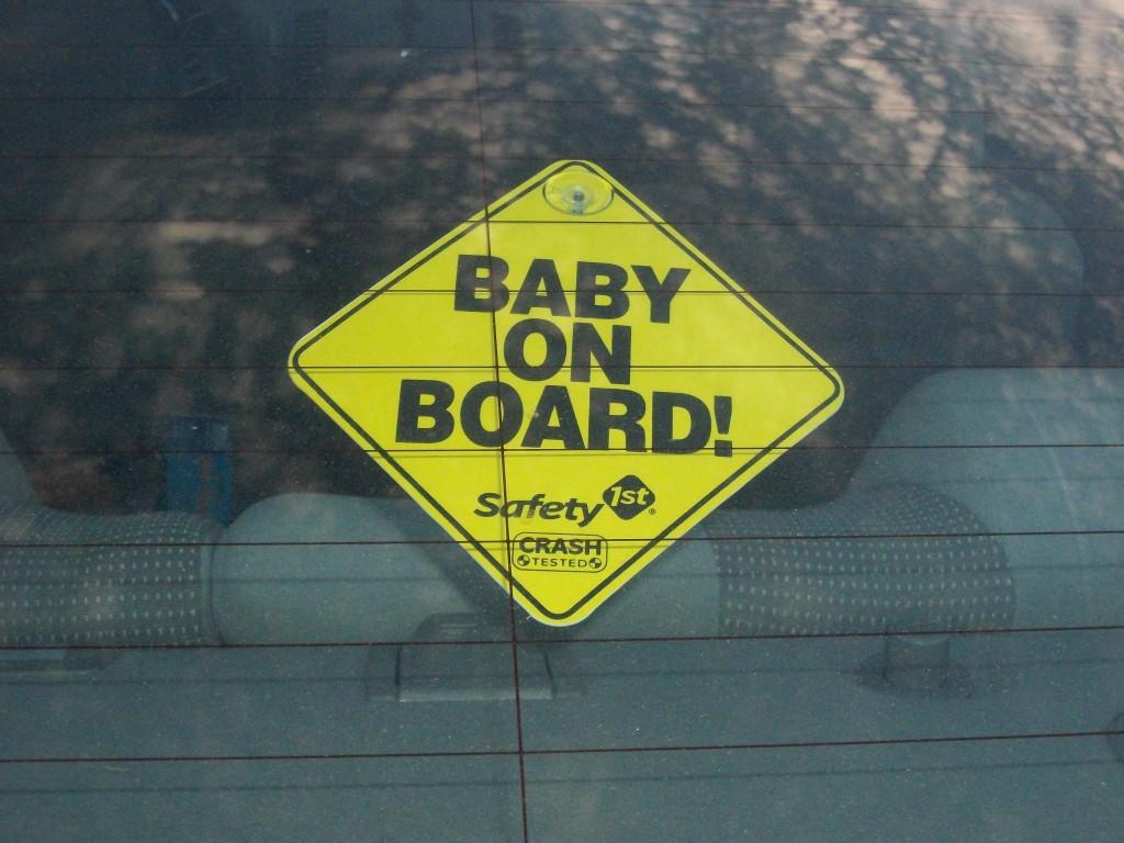 baba az autóban