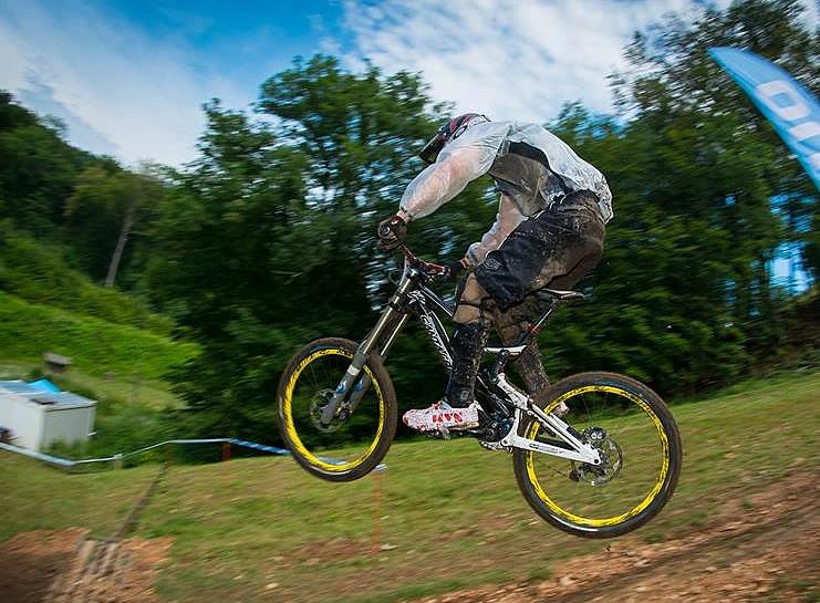 Downhill, bicikli, terepbicikli