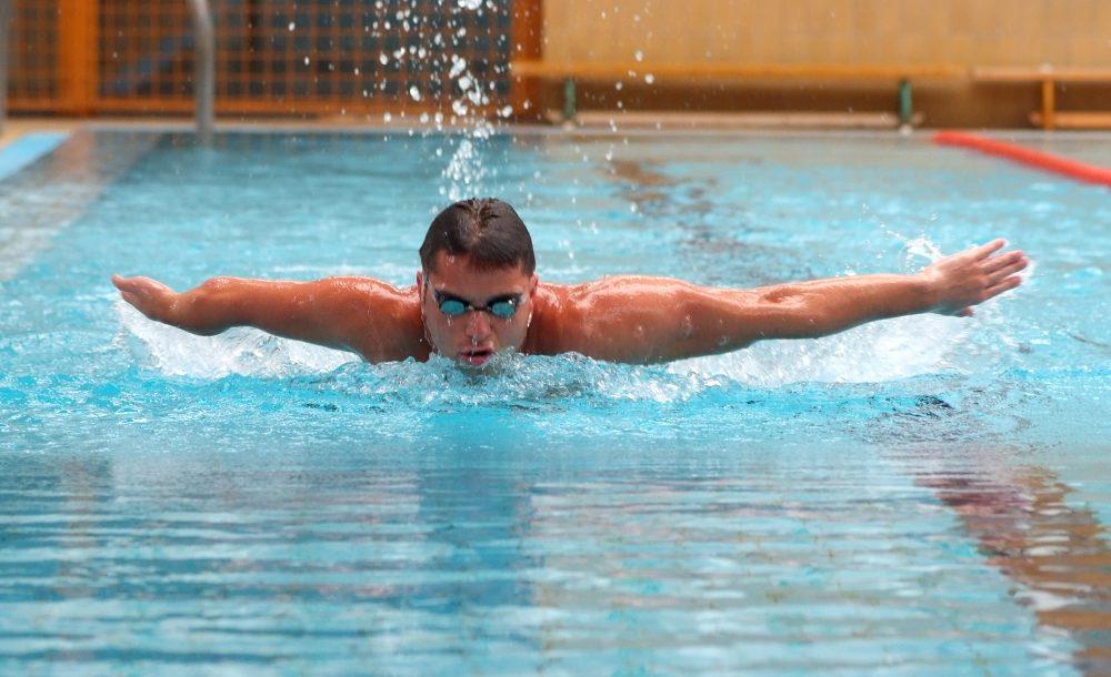Nagy reményekkel áll a rajtőre a pécsi úszótehetség