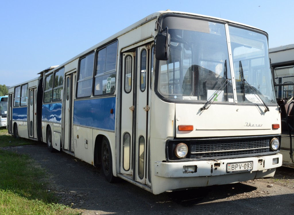 öreg busz1