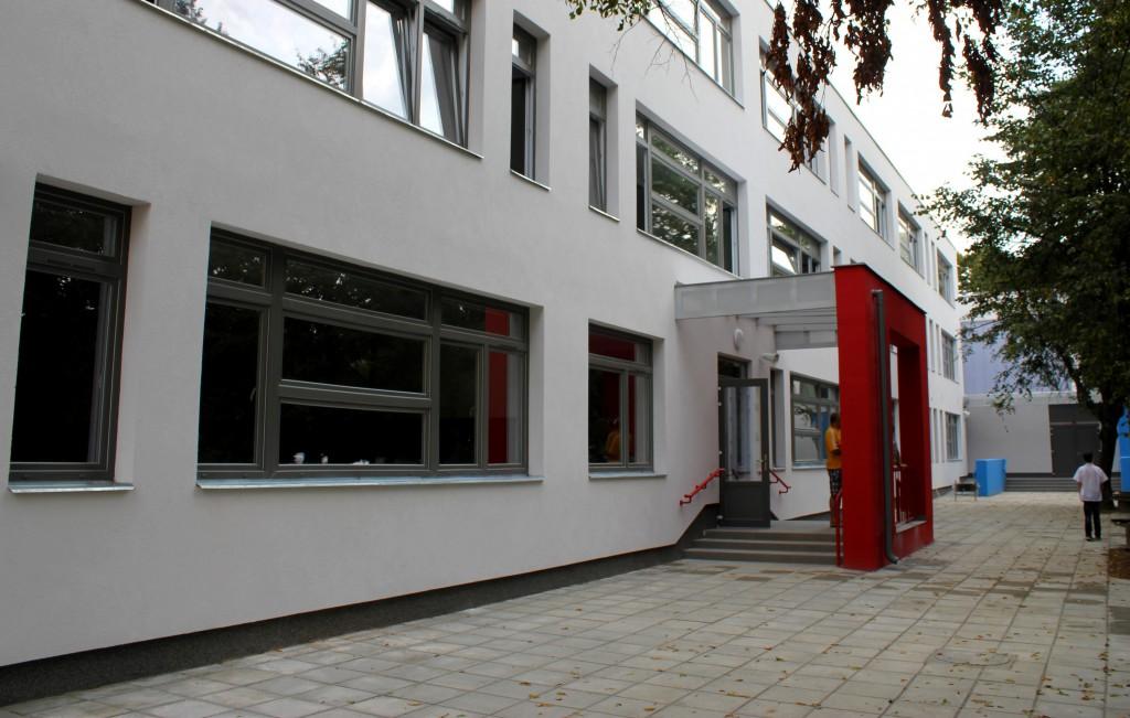 Testvérvárosok terei iskola, TVT2