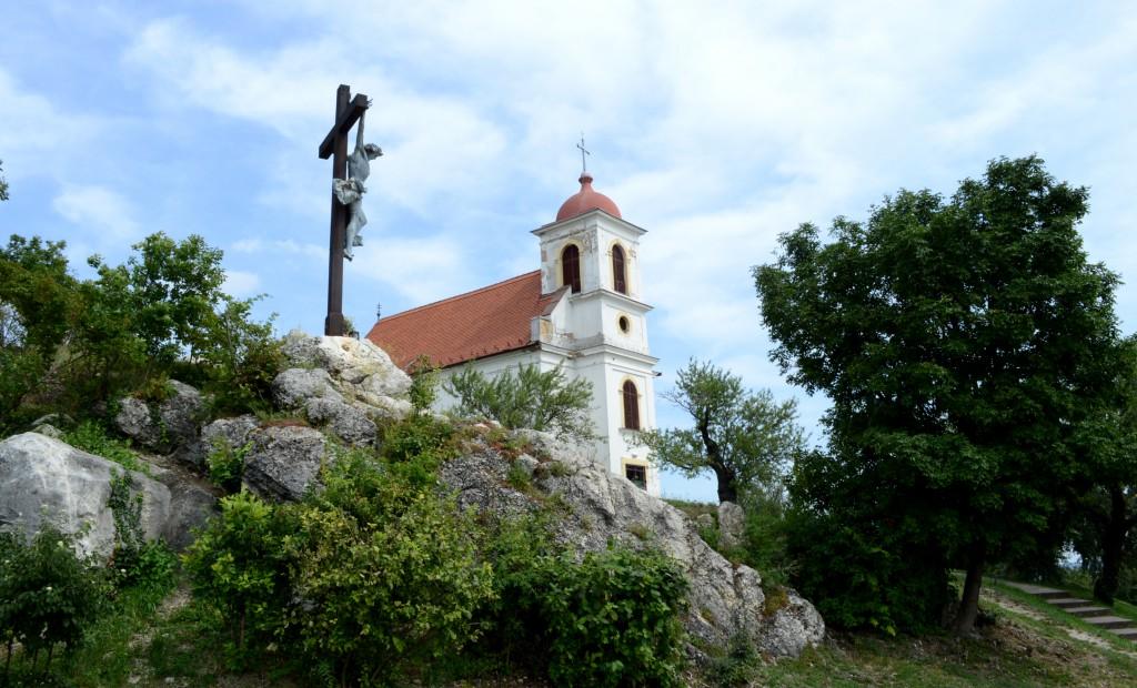 havi hegyi templom, sétány1