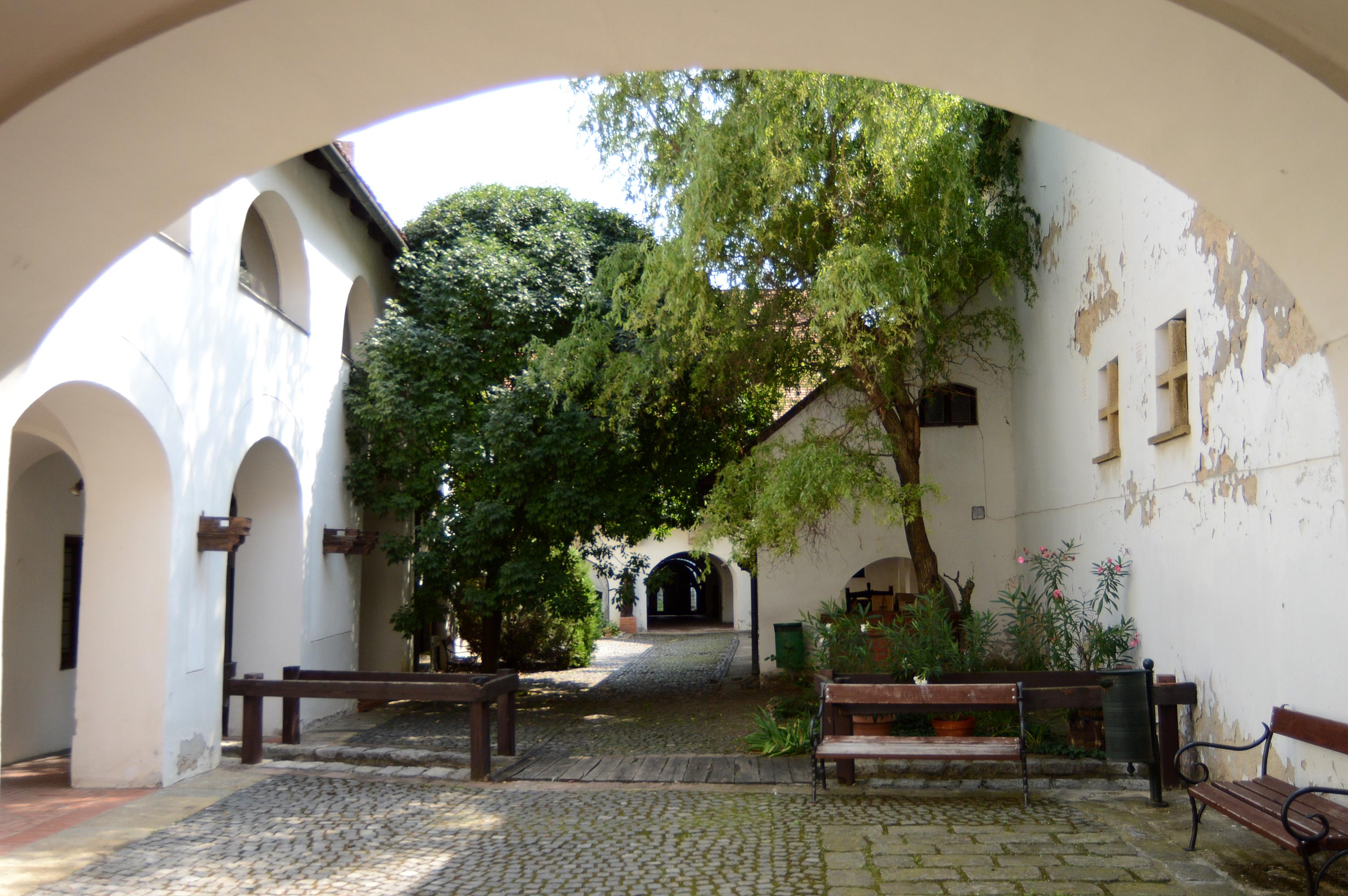 várostörténeti múzeum, tímár utca, belső udvar1