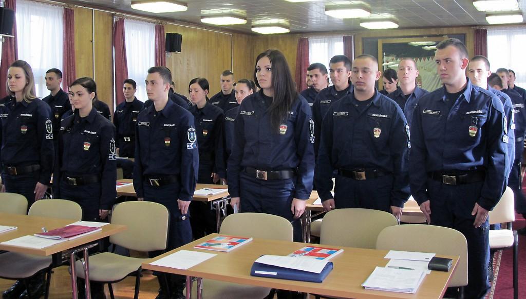 új-rendőrök4b