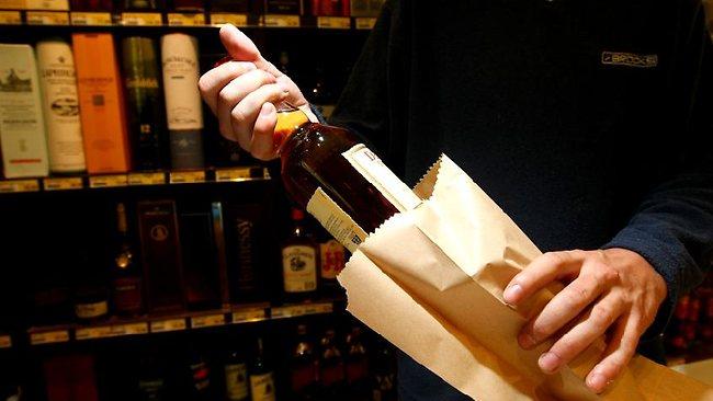 Jövőre sem kell tartani a nemzeti italboltoktól