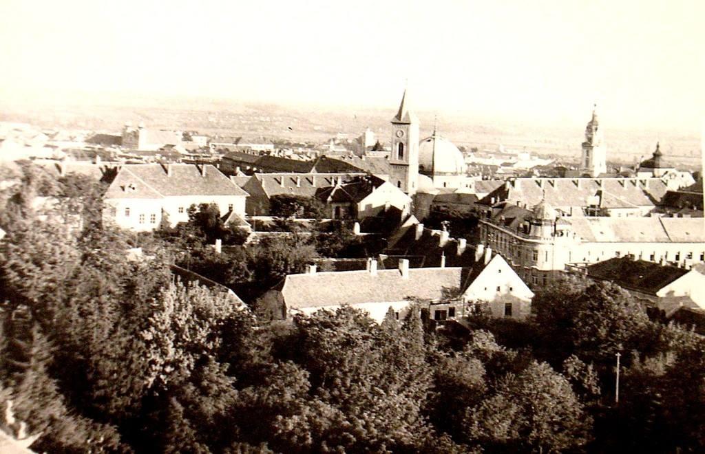 Kilátás a Széchenyi tér felett