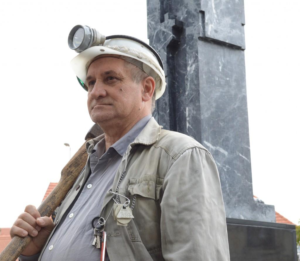 Az autentikus bányász