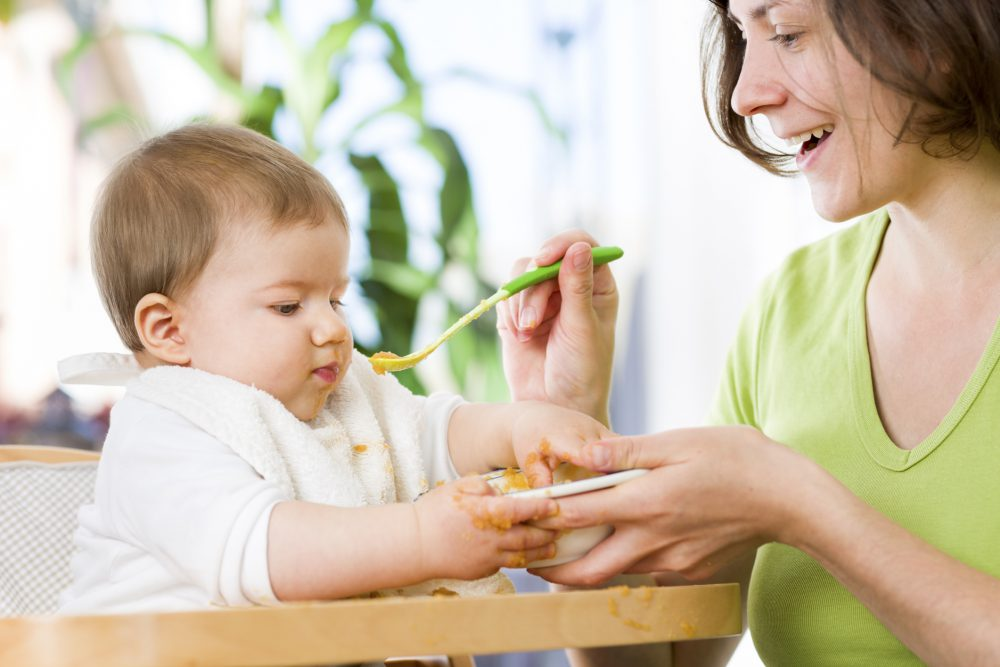Etetés, baba, anyuka, anya, étel, bébi, pép