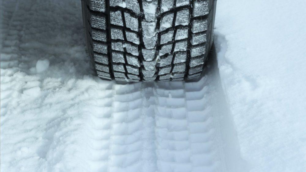 Téli gumi, autó, tél