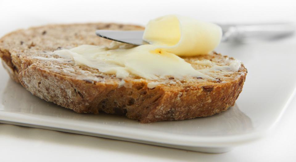vaj, margarin, kenyér, reggeli