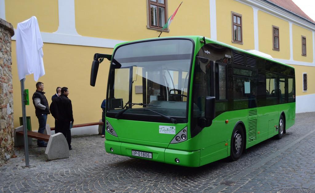 midi busz7