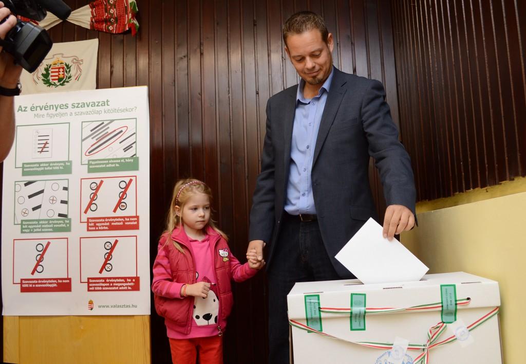 szavazás-keresztes lászló