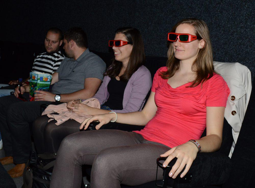 Egy darabig élvezzük a filmet, utána jön a fejfájás