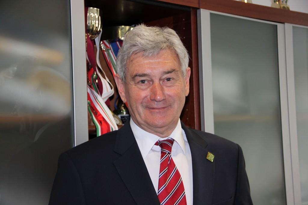 Dr. Kiss Endre, az igazgatóság elnöke