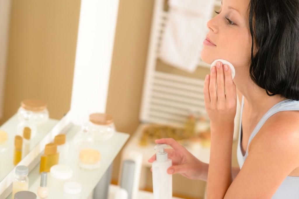 tonizál, arctisztítás, kozmetika, fürdőszoba