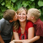 A kormány becsüli és támogatja az édesanyákat