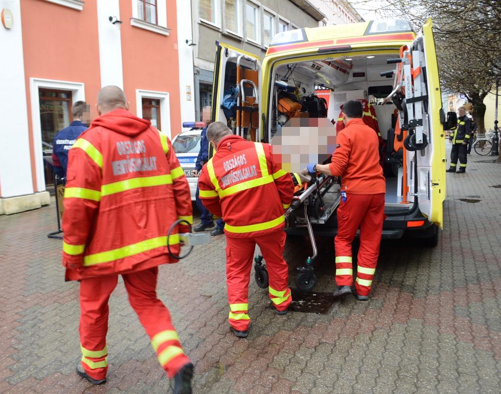 baleset a király utcában4
