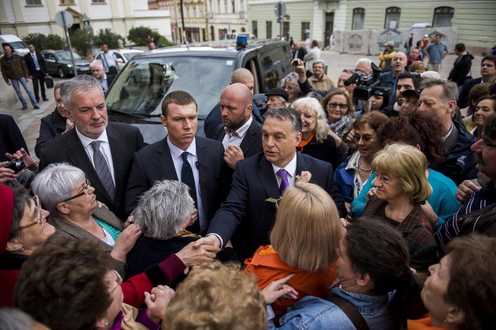 Orbán Viktor; Páva Zsolt