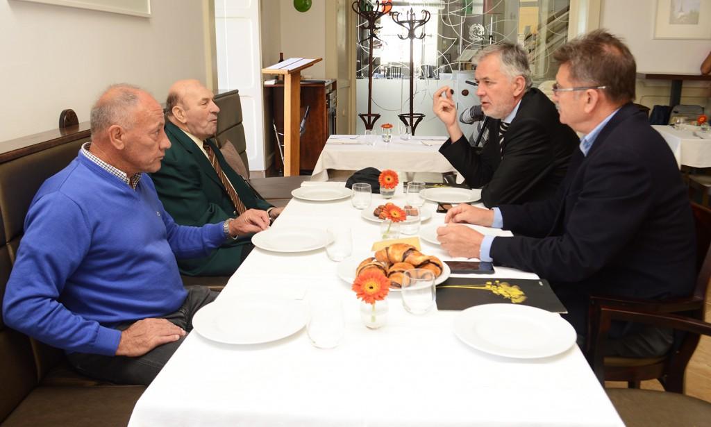 pmfc, foci, megbeszélés, öreg focisták1