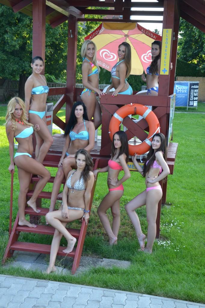Hullám, bikini, lányok (2)
