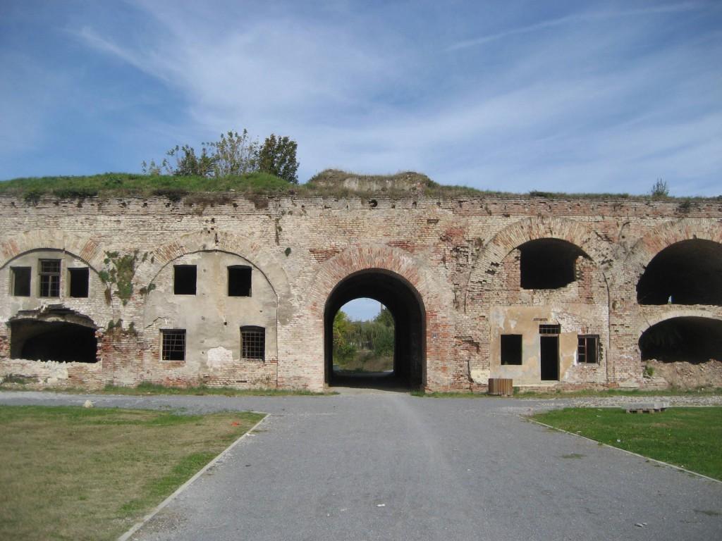 Slavonski_Brod_Fortress-11