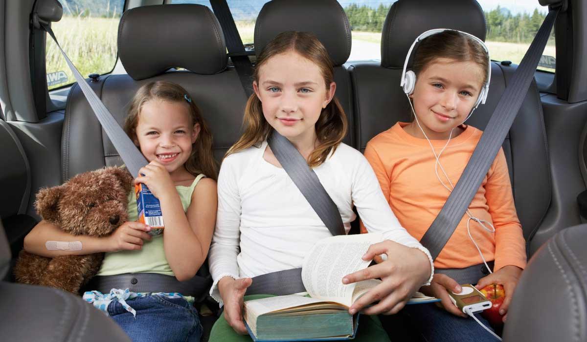 Gyerekek az autóban 1