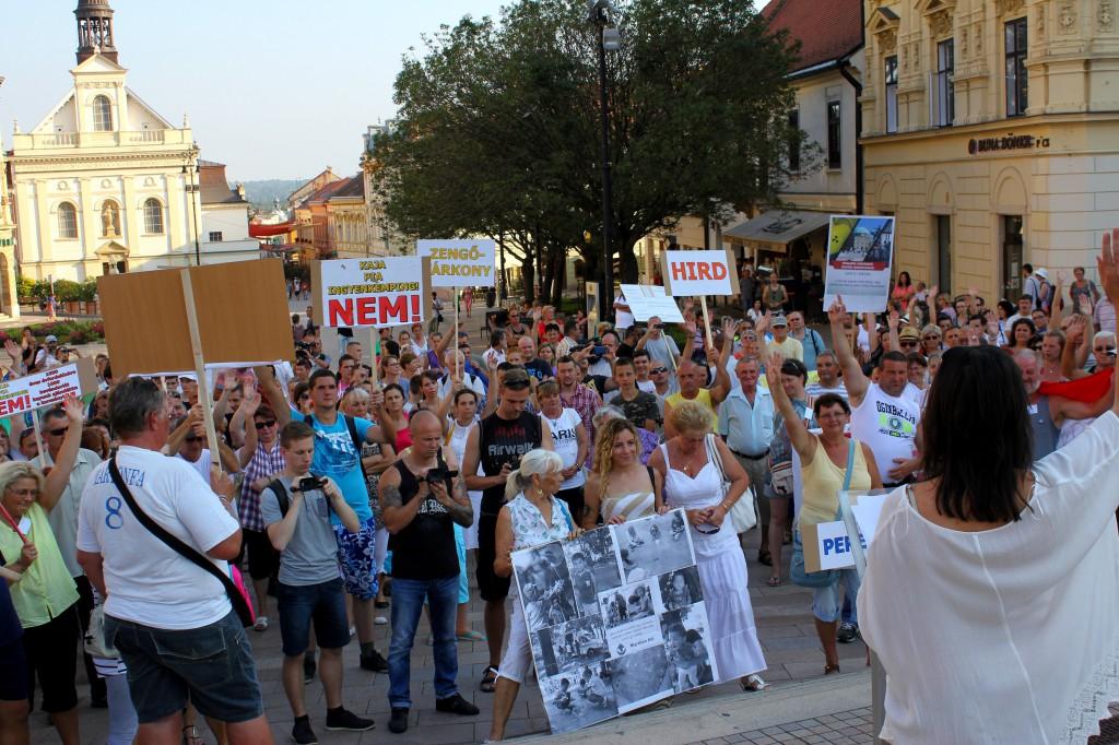 Martonfa, tüntetés06