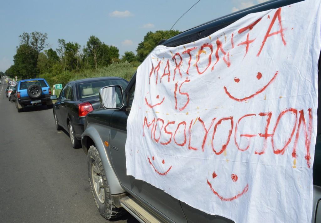 martonfa, demonstráció01