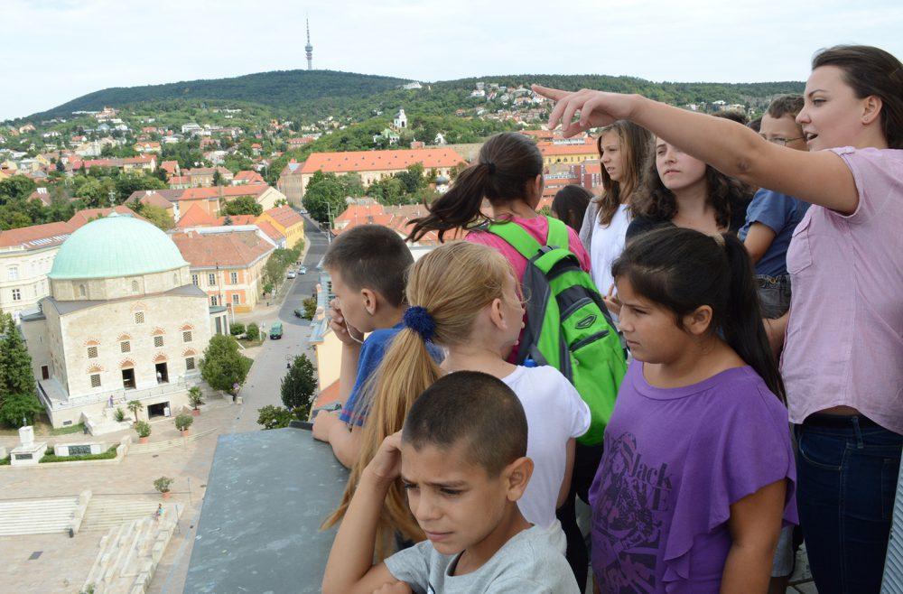 városháza, erdélyi gyerekek, deli eszter01