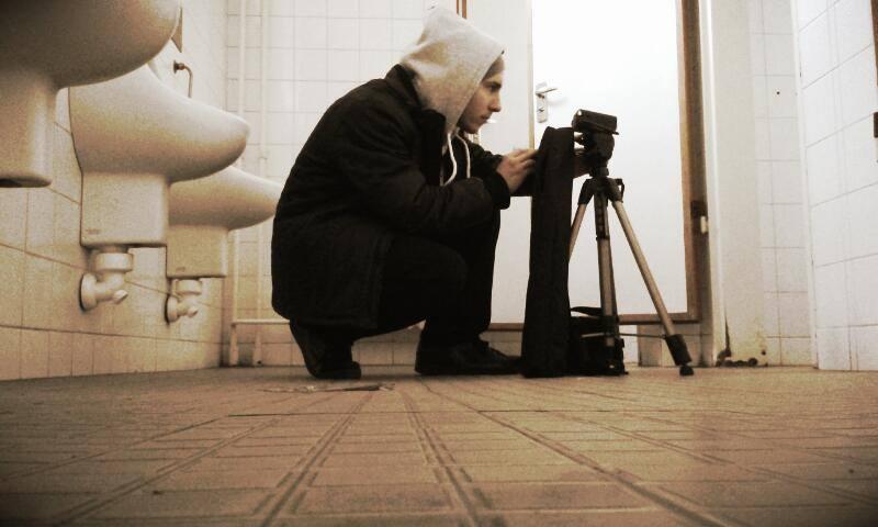 Martin dolgozik egy filmjén