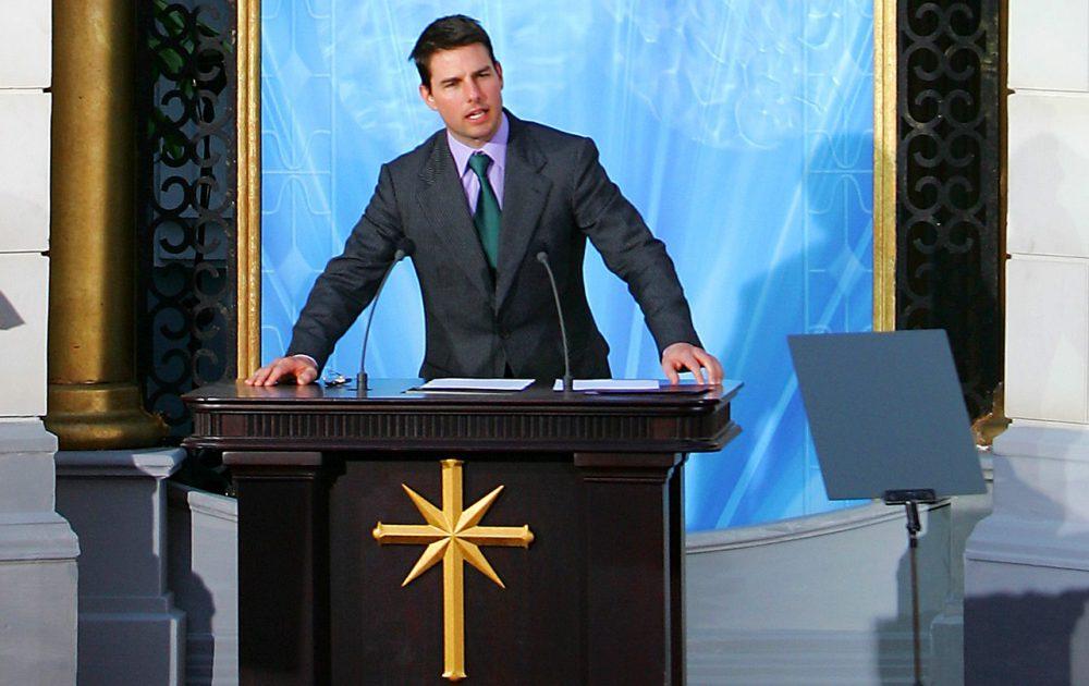 Tom Cruise az egyház arca