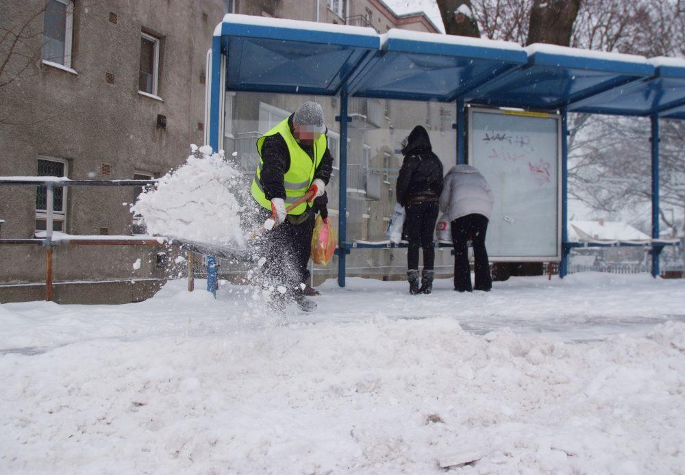 A közmunkások segítenek a bajban
