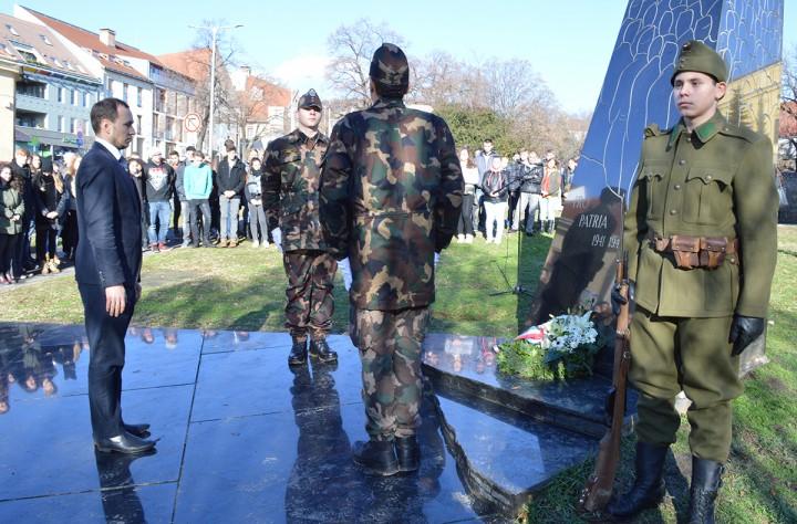 2. világháborús emlékmű, doni áttorés, hl04