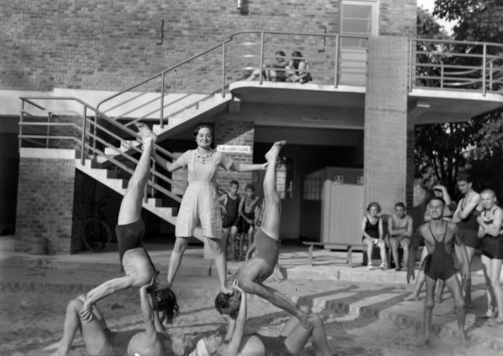1929_Balokány fürdő_női öltöző épülete