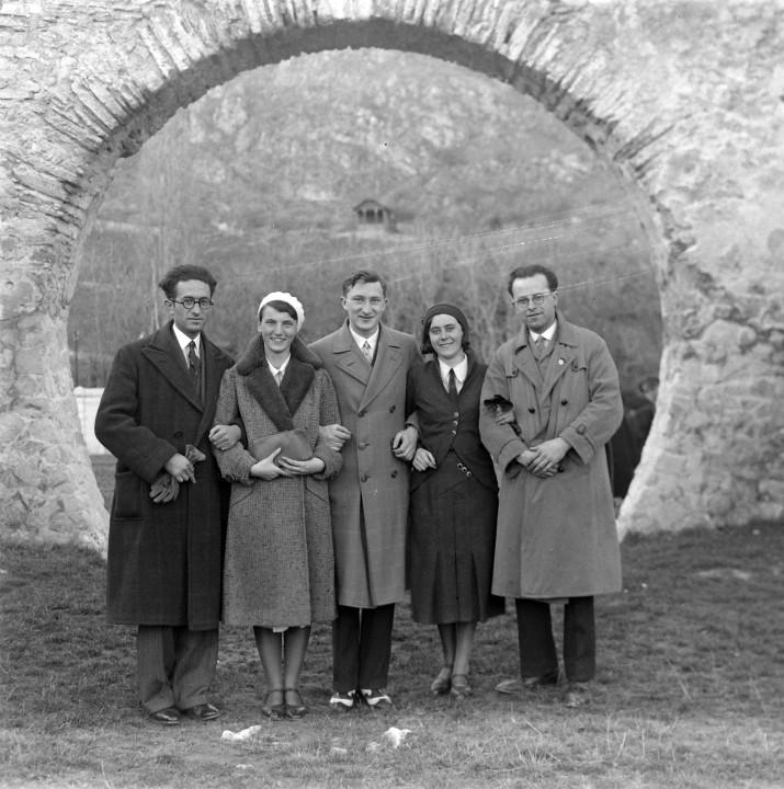 1929_Tetty_püspöki nyaraló romjai_női divat