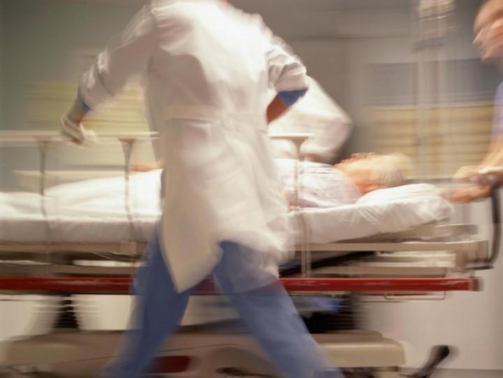 Sürgősségi-orvos-kórház