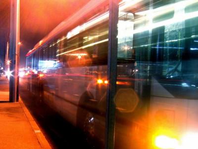 éjszakai busz