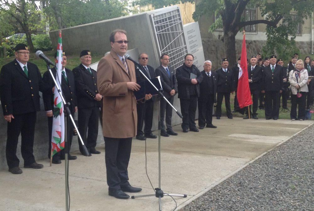 Hoppál: meg kell őrizni a bányászok emlékét