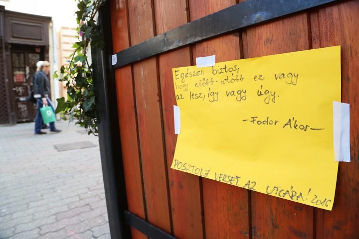 a költészet napja, versek az utcán, hl03