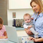 Egyre több kisgyermekes anya vállal munkát